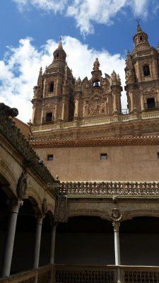 Как переехать в Испанию без денег