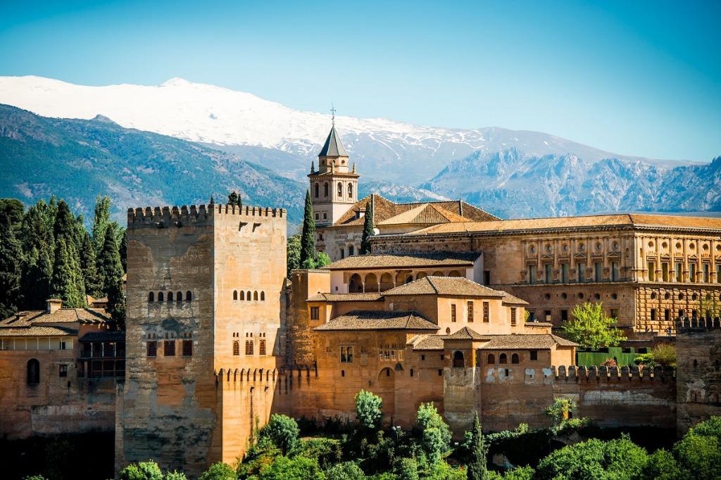 alhambra 25 археологических и архитектурных чудес Европы