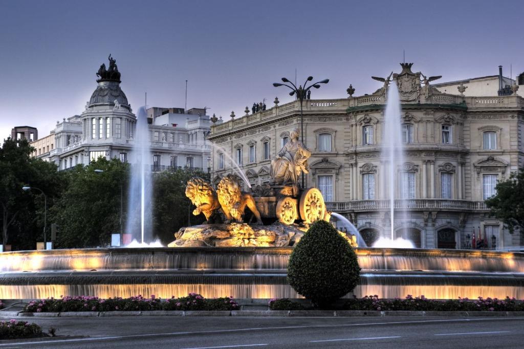 madrid dvorecz i fontan sibeles Город Мадрид - достопримечательности