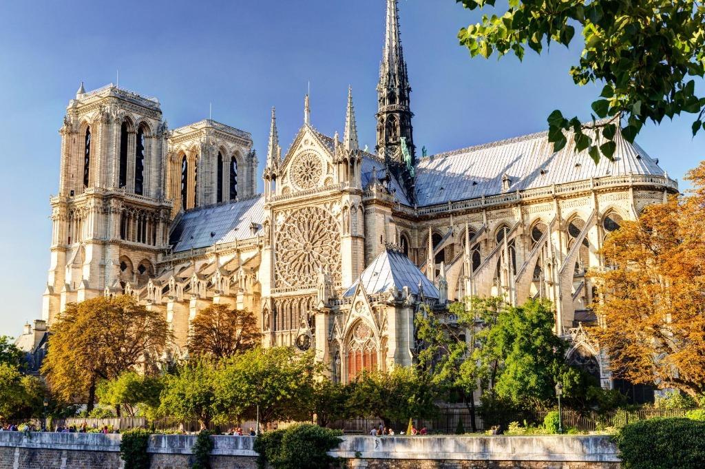 notre dame de paris 25 археологических и архитектурных чудес Европы