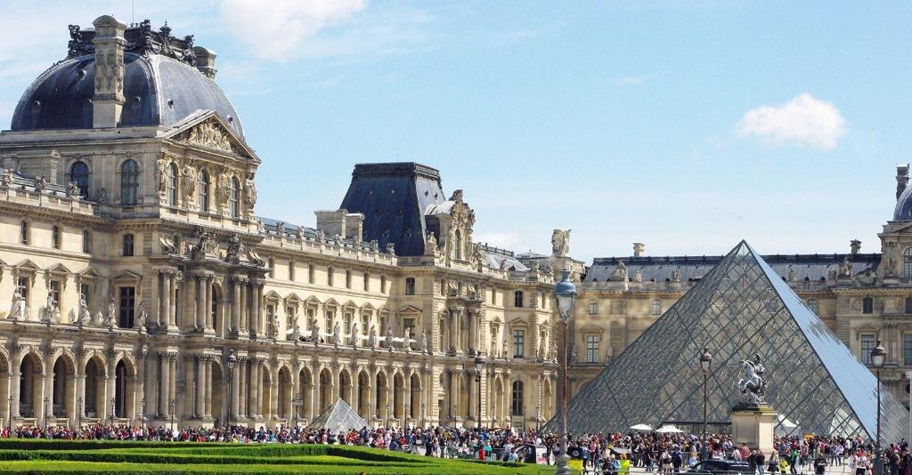 palais du louvre 1 25 археологических и архитектурных чудес Европы