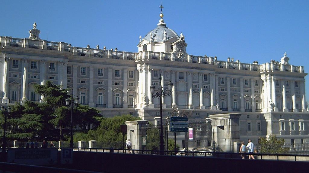 spain royal palace of madrid Город Мадрид - достопримечательности