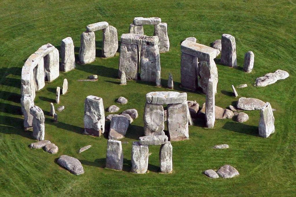 stonehenge england 25 археологических и архитектурных чудес Европы