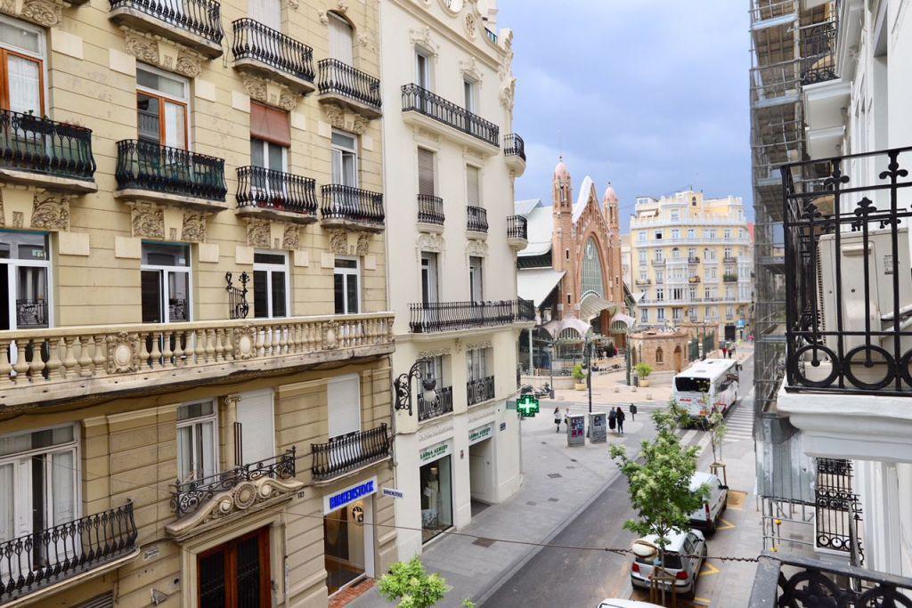 apartamenty v valensii Апартаменты или Отель?