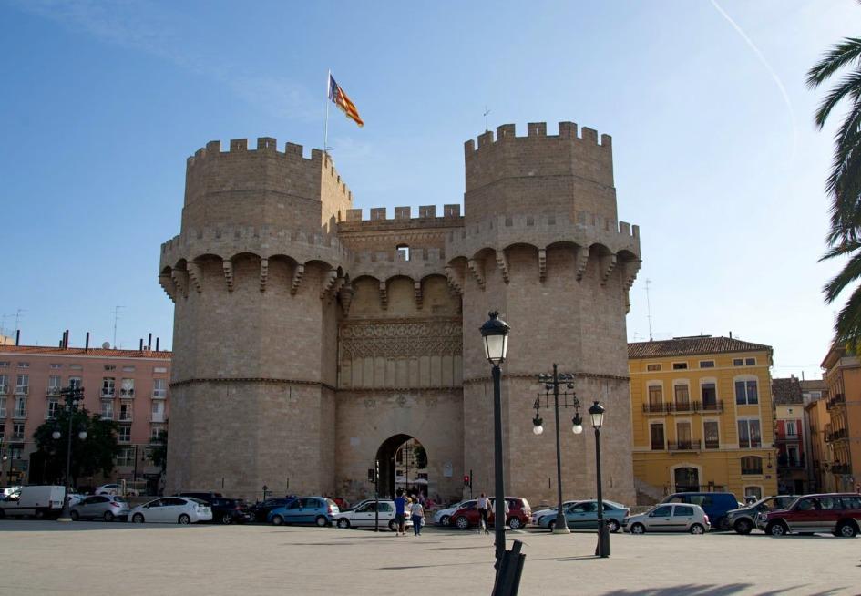 bashni serranos torres de serranos Достопримечательности Валенсии: что посетить и посмотреть?