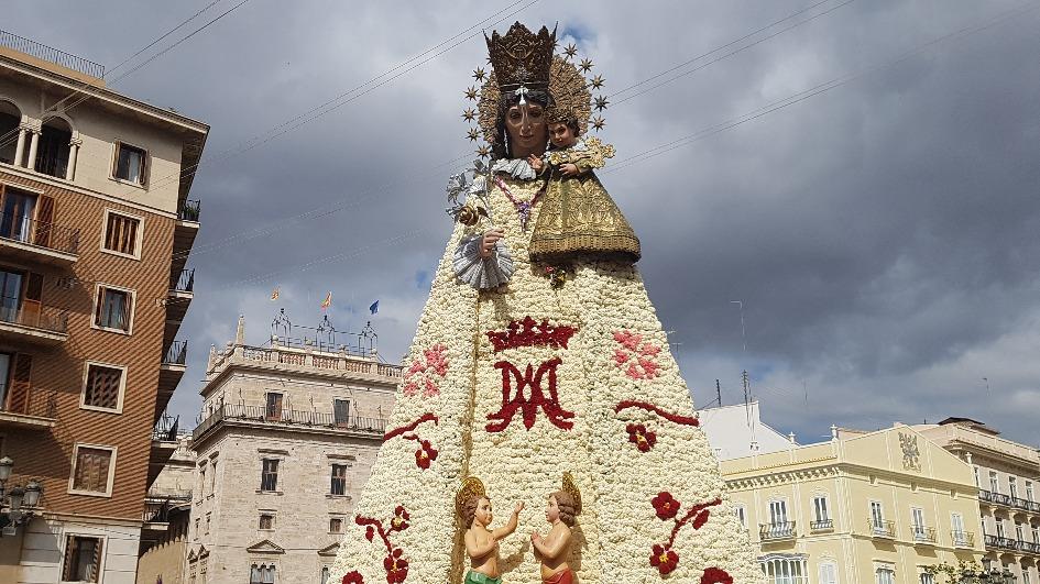 las fallas figura devy marii Достопримечательности Валенсии: что посетить и посмотреть?
