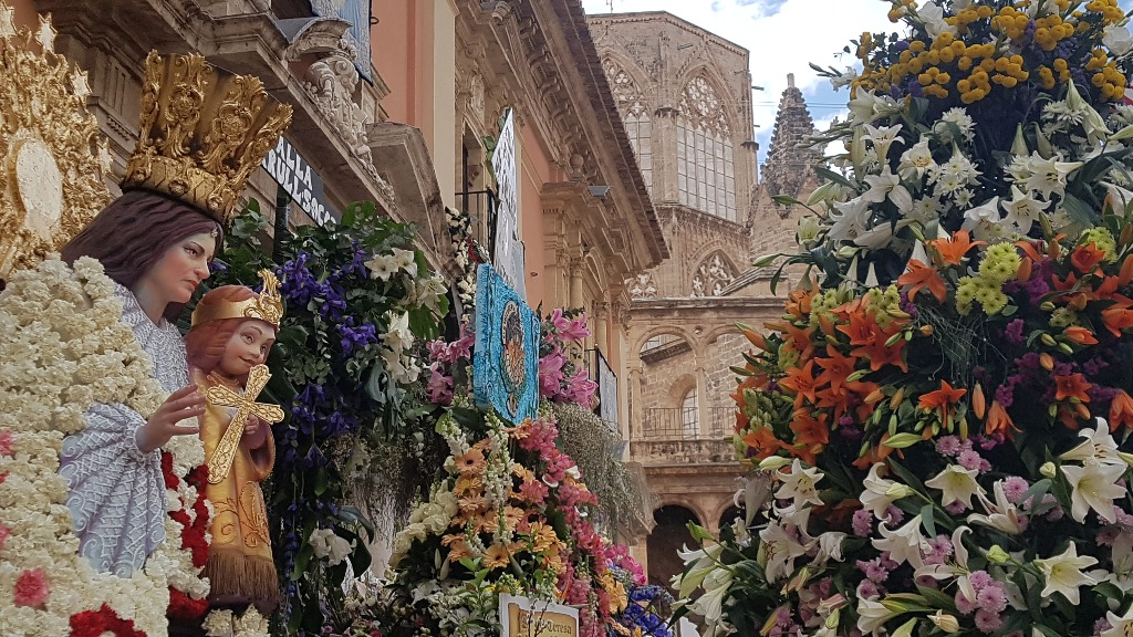 prazdnik las fallas v valensii Испанские традиции и нравы