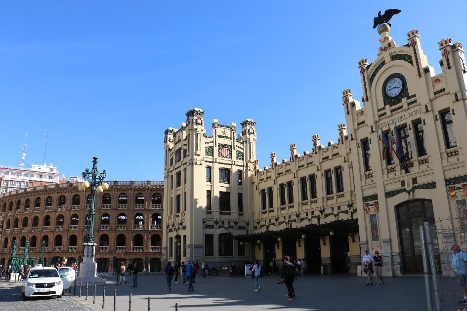 severnyj vokzal estacio del nord Достопримечательности Валенсии: что посетить и посмотреть?