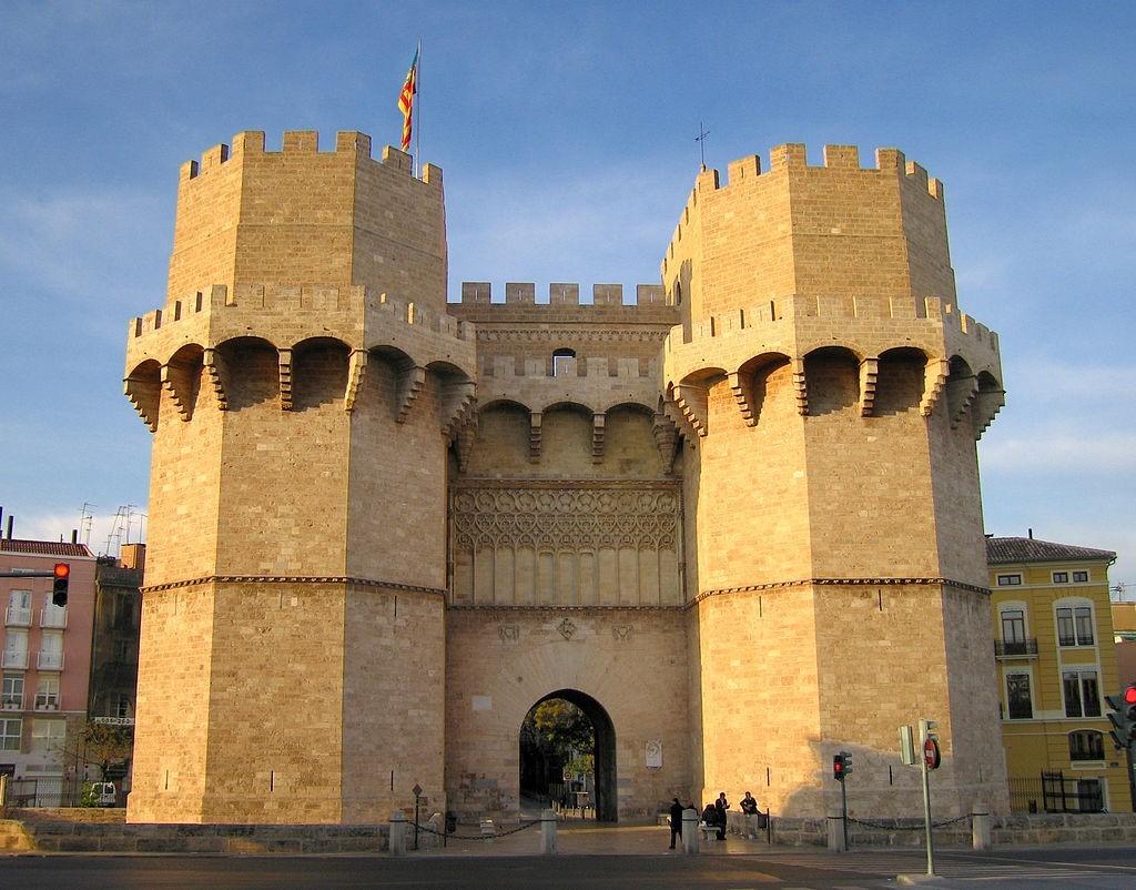 torres de serranos Районы Валенсии, часть 2 (1-3, Ciutat Vella, L'Eixample, Extramurs)