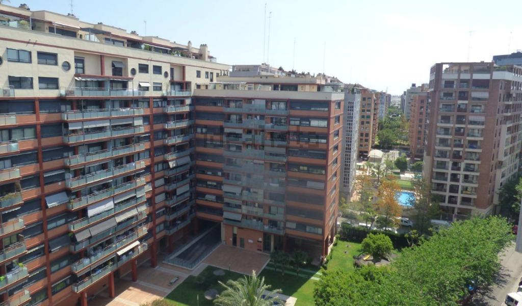 vid iz okna Районы Валенсии, часть 5 (10-12, Quatre Carreres, Poblats Marítims, Camins al Grau)