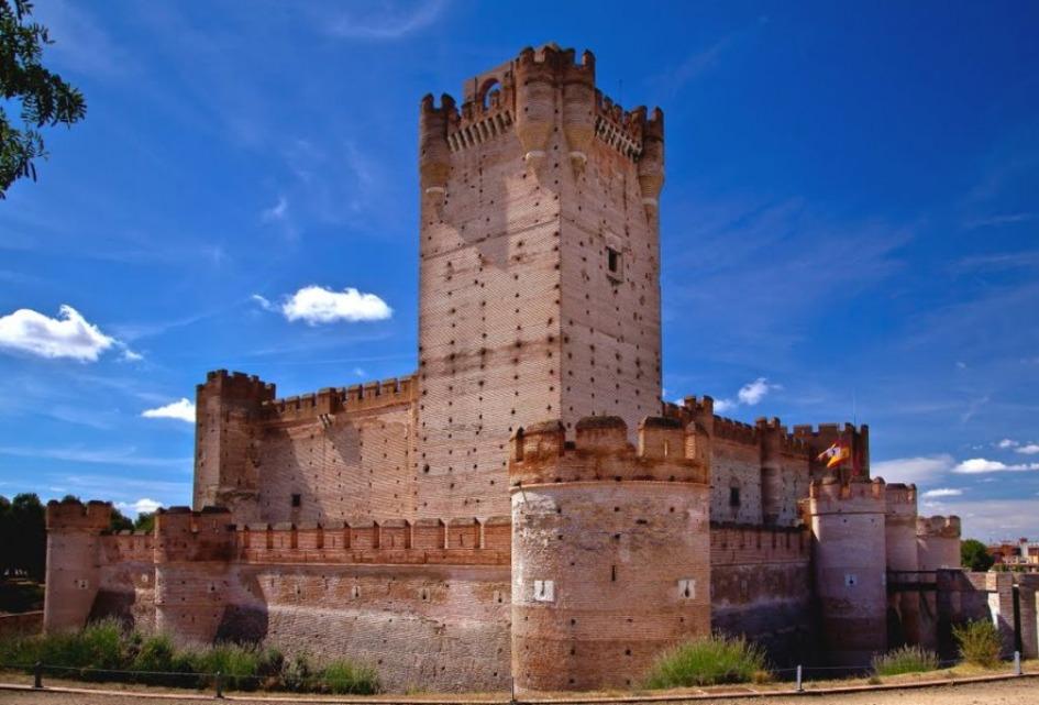 zamok mota Замки Испании, открытые для посещений